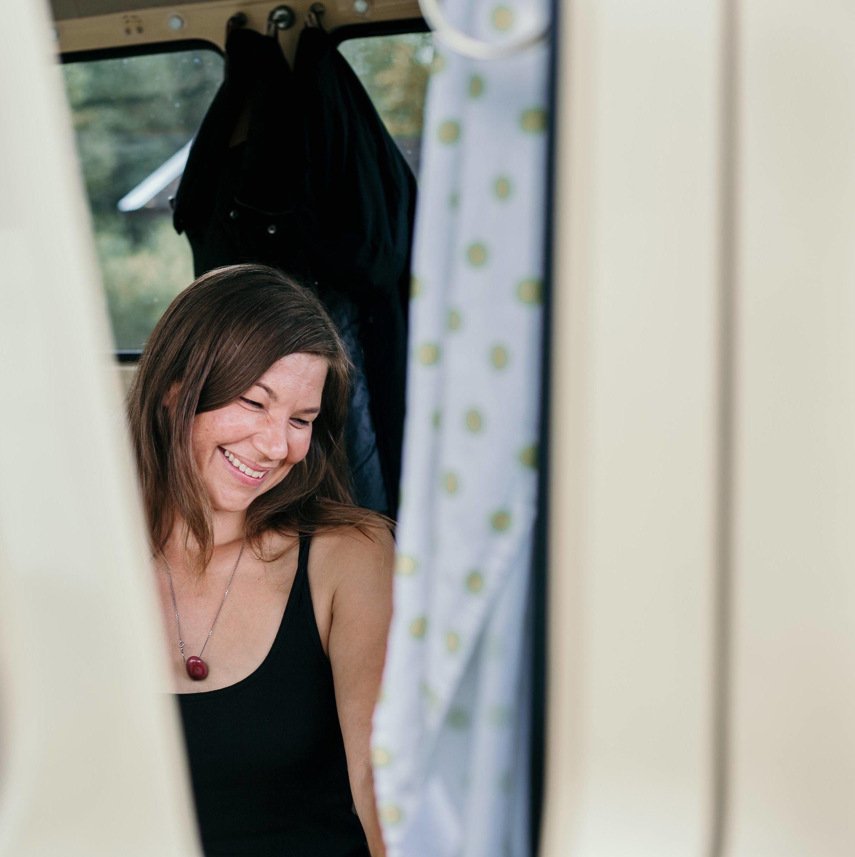 Dr. Melanie Wenzel - Sex, Love & Relationship Coach